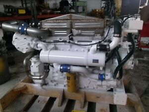 C 12 Caterpillar Marine Diesel Engines 715 Hp
