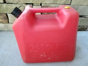 Blitz 5 Gallon Vented Gas Fuel Can With Flex Spout 11830 Made In Usa