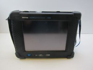 Tektronix Sa2500 6 2 Ghz Handheld Spectrum Analyzer