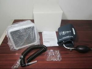 Welch Allyn Sphygmomanometer 7670 01 Blood Pressure Wall Aneroid Adult Cuff 11