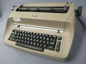 Vintage Ibm Selectic Brown Electric Typewriter 4433 C