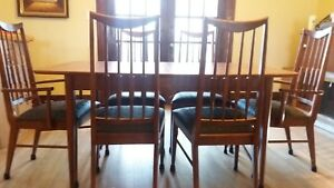 Keller Mcm Dining Table And Six 6 Chairs