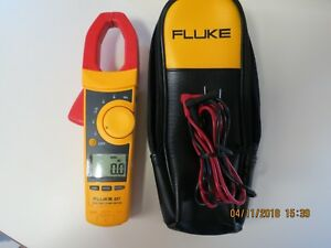 Fluke 337 True Rms Clamp Meter 337 In Excellent Condition