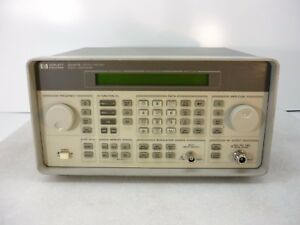 Hp Agilent 8647a Signal Generator w Opt 1e5 250khz To 1000mhz Tested