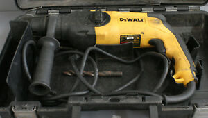 Dewalt d25103 Sds Rotary Hammer Drill With Case 21536