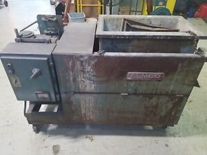 Almco Vibration Shaker Table Deburring Machine