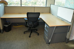 97 6 x6 6 x8 Haworth Premise Enhanced Office Cubicles With Mobile Pedestals