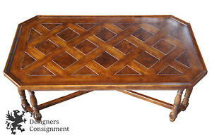 Henredon Four Centuries Traditional Distressed Oak Cocktail Coffee Table Lattice