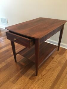 Vintage Walnut End Table Nightstand Cigar Legs 1960s Art Deco Great Condition