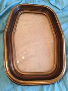 Large Vintage Brown Gold Color Oval Picture Frame With Convex Bubble Glass Euc