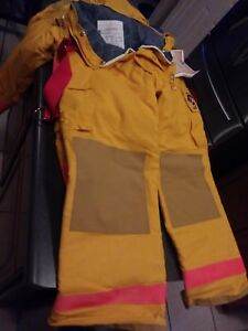 Fire Dex New Chieftain Firefighter Turnout Gear with Extras