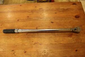 Gearwrench 85066 1 2 Drive Micrometer Torque Wrench 30 250 Ft lbs