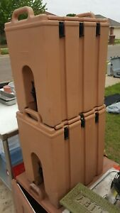 Set Of 2 Cambro 500lcd 4 75 Gallon Insulated Beverage Drink Dispenser Beige tan