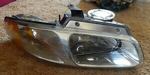 1996 1997 1998 Dodge Caravan Right Front Passenger Side Headlight Oem