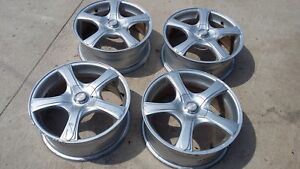 4 Hd Tuning Outrage 17x7 Silver Metallic Wheels With Center Caps Complete