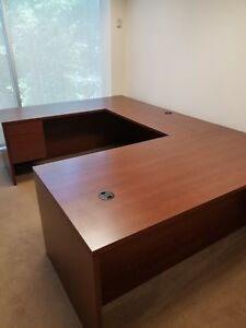 Hon u Shaped Desk W Drawers Filing Compartments