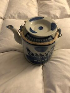 Vintage Antique Blue White Canton Chinese China Late 19th Century Tea Pot 18
