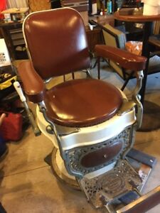 Antique 1920s Theo A Kochs Barber Chair
