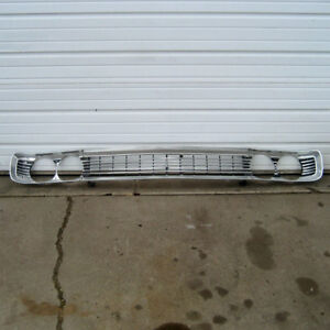 Plymouth Fury Iii Grille And Headlight Bezels 1970 Only 70