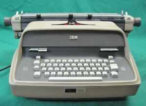 Ibm Model 11 Electric Typewriter Works Great Serviced Guaranteed Item