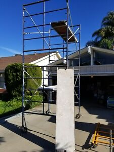 Rolling Scaffold Tower With Railing