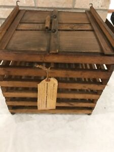 Antique Humpty Dumpty Egg Crate From Early 1900 S 12x12