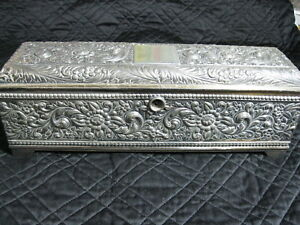 Antique C 1880 1890 Derby Silver Plate Repousse Lined Box Quadruple 346