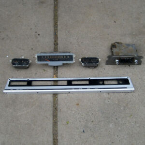 International Harvester Travelall Compete Instrument Cluster With Radio 68 72