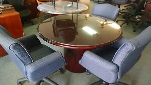 Paoli 48 Round Traditional Conference Table 4 Chairs