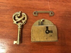 Brass American Style Right Hand Lock With Key New