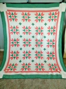 Antique Shabby Pink Green Hand Stitched Farmhouse Chic Tulip Quilt