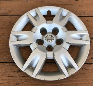 Factory 2005 2006 Nissan Altima 16 Inch Bolt On Hubcap Wheel Cover Oem