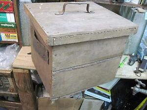 Primitive Wooden Egg Box Wood Shipping Crate Carrier Antique Hatchery