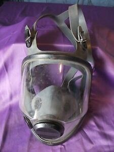 North Safety 903010 Full Face Reusable Respirator Size Medium large