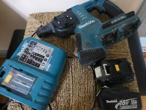 Makita xrh05 1 36v 18v X 2 And Charger Rotary Hammer