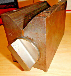 Older Brown And Sharpe No 750 D Magnetic V Block Chuck Machinist Tooling