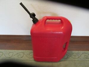 Blitz 6 Gallon 16 Ounces Red Plastic Gas Can Vented With Flexible Spout