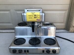 Bunn 12 Cup Auto Coffee Brewer With 5 Warmers Good Condition