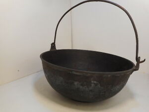 Antique Cast Iron Cauldron Kettle Handle 2 Crack Decorative Planter