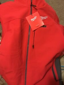 Milwaukee 2341 2xl M12 Cordless Outdoor Red Heated Jacket