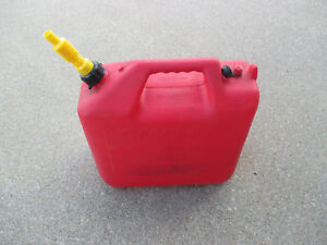 Wedco 6 6 Gallon Gas Can Container With Vent Spout