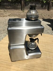 Bunn o matic Ol35 Coffee Pour Over Brewer With 2 Pots