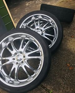 305 35 R24 Tires With 24 Boss Rims
