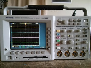 Tektronix Tds3054b 500 Mhz 5gs s 4ch Oscilloscope Dso From A Tds3014b New P s
