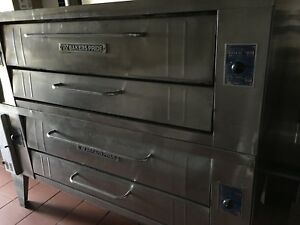 Bakers Pride 4ft Double Deck Pizza Oven Natural Gas