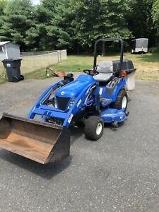New Holland Tractor 4x4 Tz25da