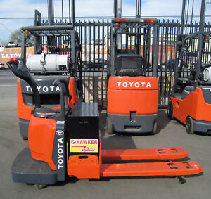 2012 Toyota Electric Pallet Jack 6000 48 Forks 24v Charger Included 8hbe30