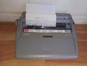 Brother Sx 4000 Electronic Typewriter Works Great