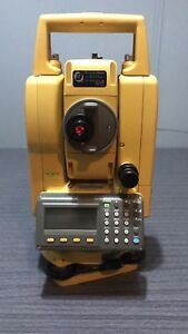 Topcon Gpt 3207n 7 Reflectorless Total Station W accesories