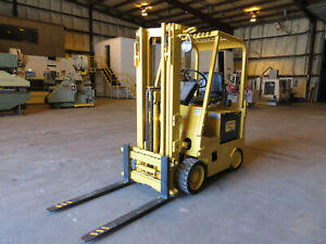 Hyster Eletric Fork Lift 4 000 Lbs Model E40xl Charger Included 36 Vdc